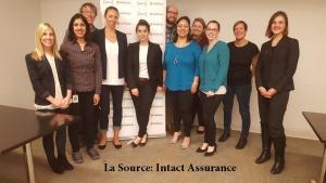 Dana Decent avec les employés Intact