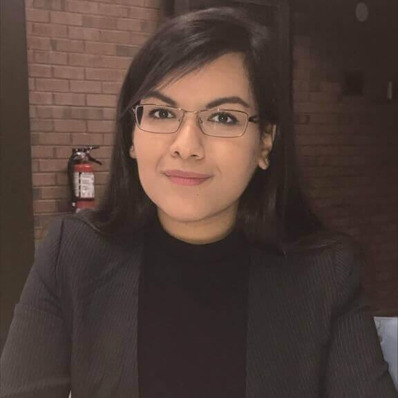 Mariam Rizvi, Headshot